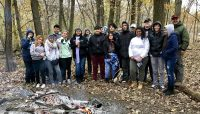 a group of high school volunteers at Busse Woods. Photo by Kris DaPra.