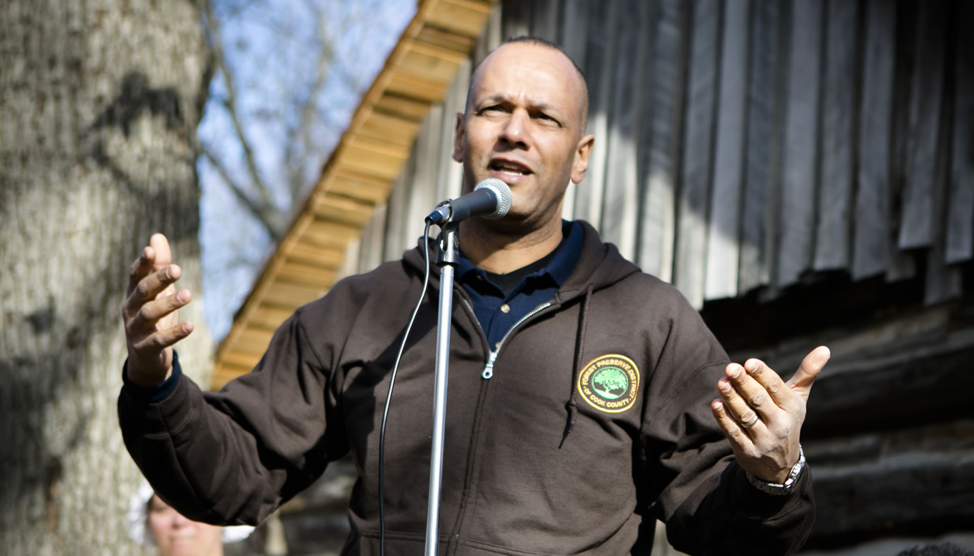 Arnold Randall speaking at Sand Ridge Nature Center