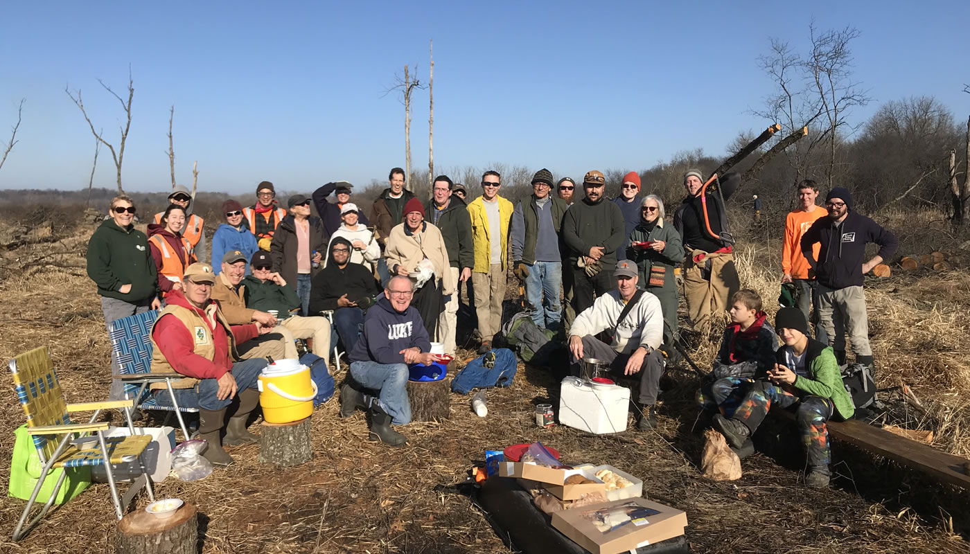 a group of volunteers at Spring Lake. Photo by Kris DaPra.