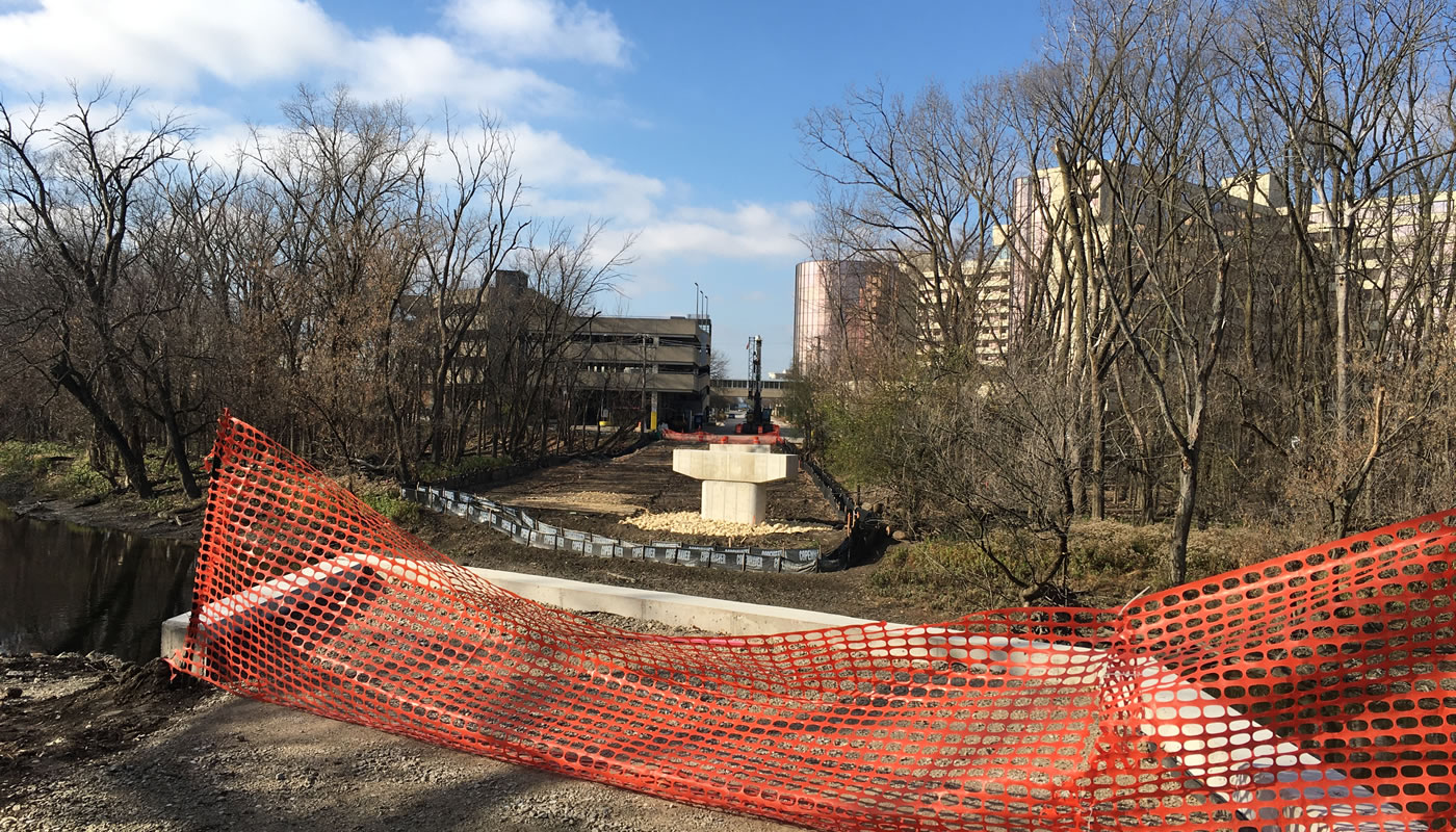 a trail bridge over the Des Plaines River under construction at Bryn Mawr Ave